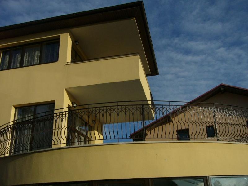 Casa 8 camere, 840 mp , de vanzare - Grigorescu, Cluj-Napoca