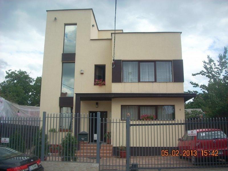 Casa 5 camere, 300 mp , de vanzare - Andrei Muresanu, Cluj-Napoca